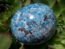 GALET D'APATITE BLEUE DE MADAGASCAR 133 Grammes  5,2 X 4,6 X 3,5 Cm