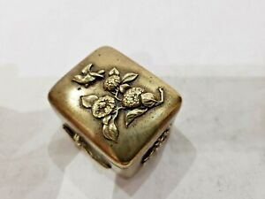 Vintage-Art-Nouveau-Brass-Stamp-Trinket-Box-Case-with-Flowers-Dated-1891