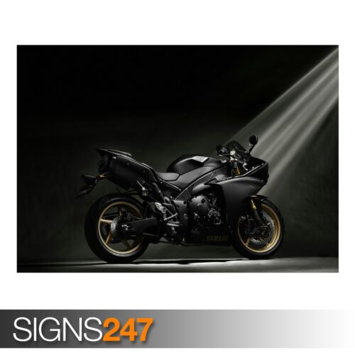 YAMAHA YZF-R1 BLACK Photo Poster Print Art A0 A1 A2 A3 A4 AC356 BIKE POSTER