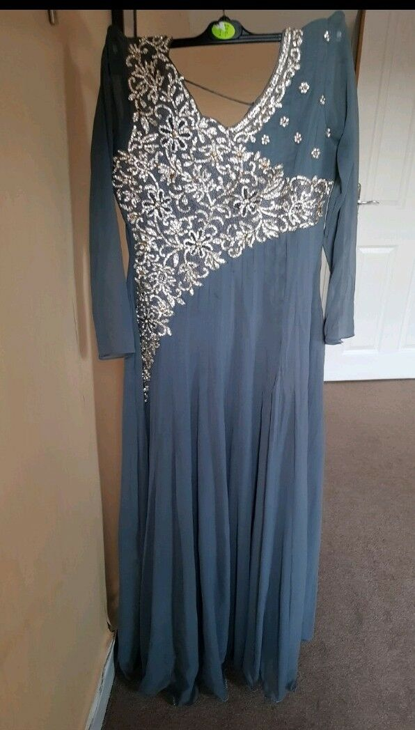 Ladies grau Indian maxi dress, embroiderot front  in Größe 10
