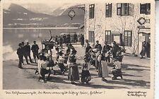 Postkarte - (St. Wolfgang, Weißes Rössl?) Im Salzkammergut, dan kann man...
