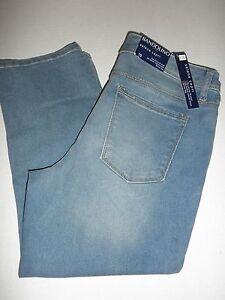34cb5b10083 NWT  49 Bandolino SELENE SKINNY Fit STRETCH Womens CAPRI jeans size ...