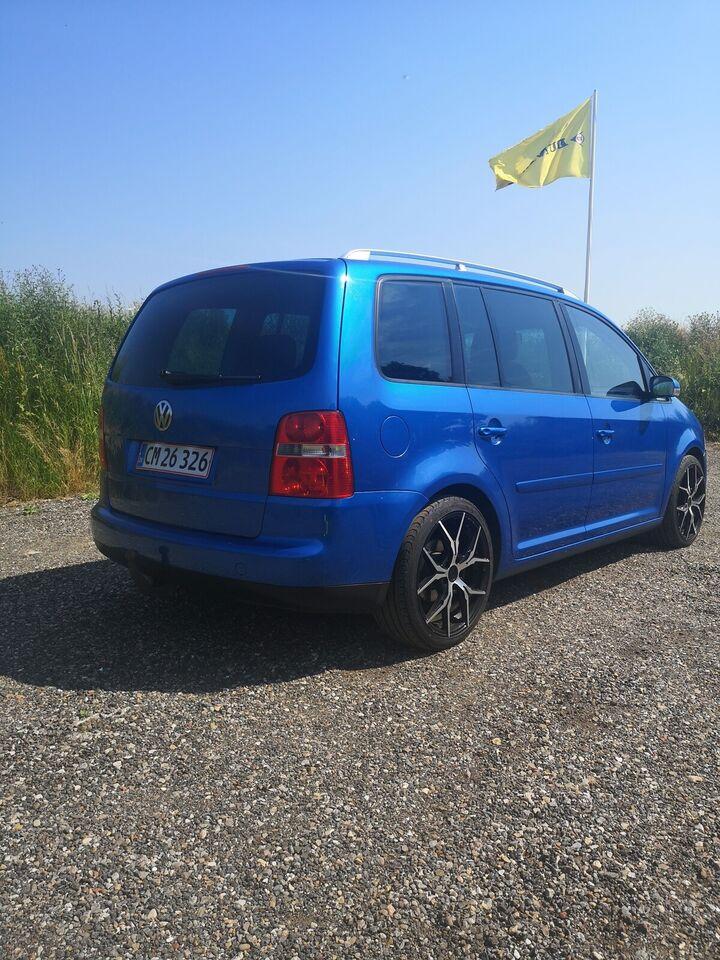 VW Touran, 2,0 TDi 140 Highline DSG 7prs, Diesel
