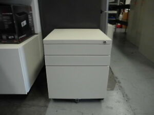 OFFICE-STEEL-3-X-DRAWER-MOBILE-PEDESTAL-BRISBANE