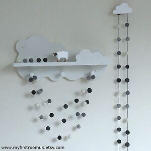 Monochrome-Felt-Ball-Garland-Gender-Neutral-Nursery-White-and-Grey-Pom-Pom-Eco