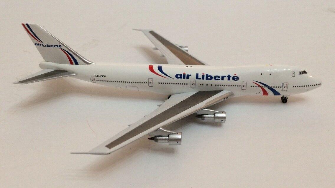 Aviation400 (1 400) air liberte   corse air boeing 747-200