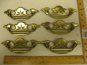 "1 Antique Keeler KBC Shabby Worn Brass 2-3//4/"" Round Wreath Ring Drawer Drop Pull"