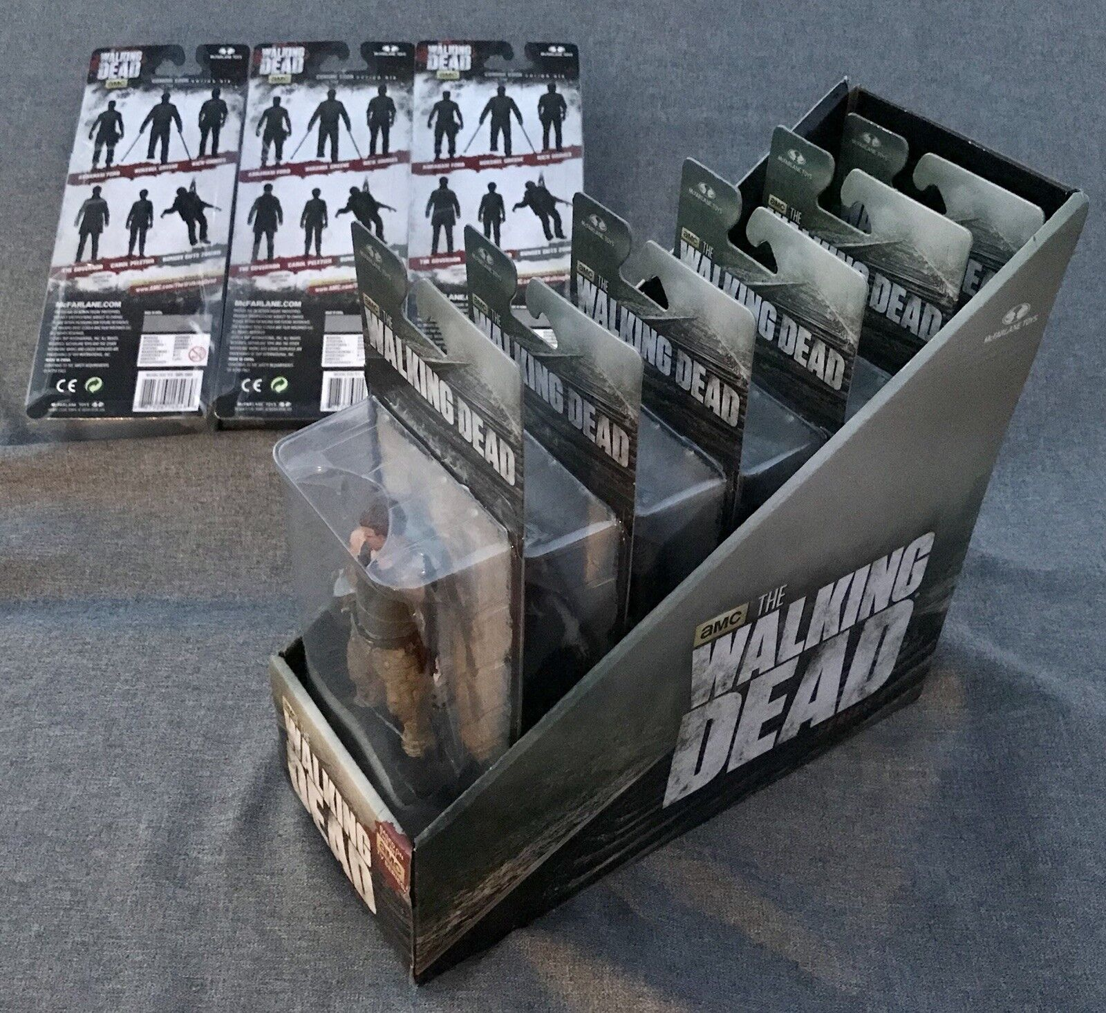 NIB McFarlane Walking Dead TV Series 6 COMPLETE SET OF 9 w DARYL DIXON & DISPLAY