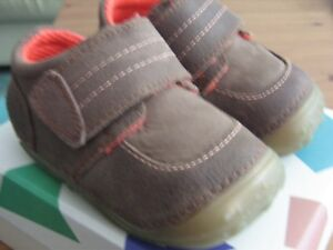 """Hush Puppies /""""Leo/"""" First Walkers Brown Leather Shoe E,F,G Fitting SALE"""