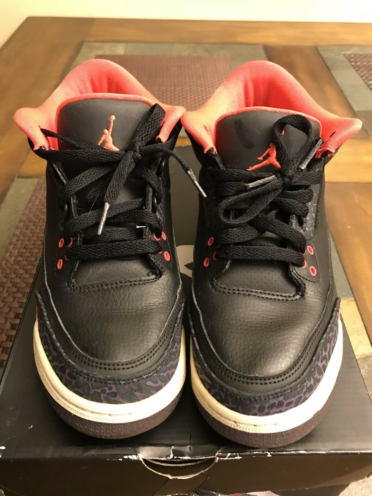 Nike Air Jordan III 3 Retro Black/Crimson-Canyon Purple-Violet 136064-005 SZ 7y
