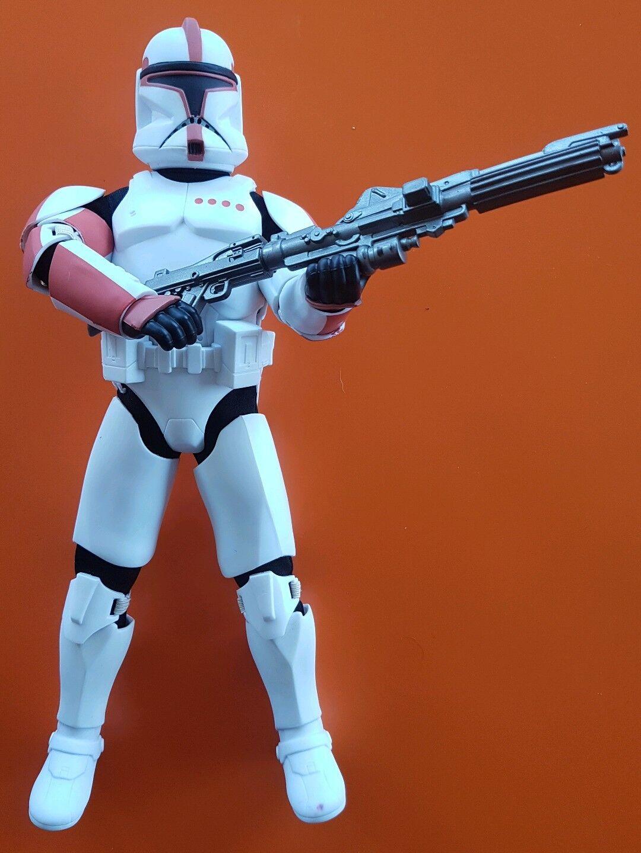 1 6 scale Star Wars Episode II Clone Captain 12 inch CloneTrooper figure Hasbro