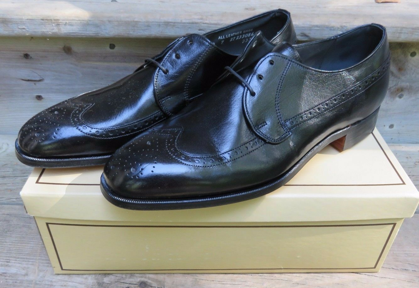 nuovo sadico Hanover Master Flex Wing Tips Tips Tips Oxford Dress scarpe nero Dimensione 10 NOS Leather  marchi di moda