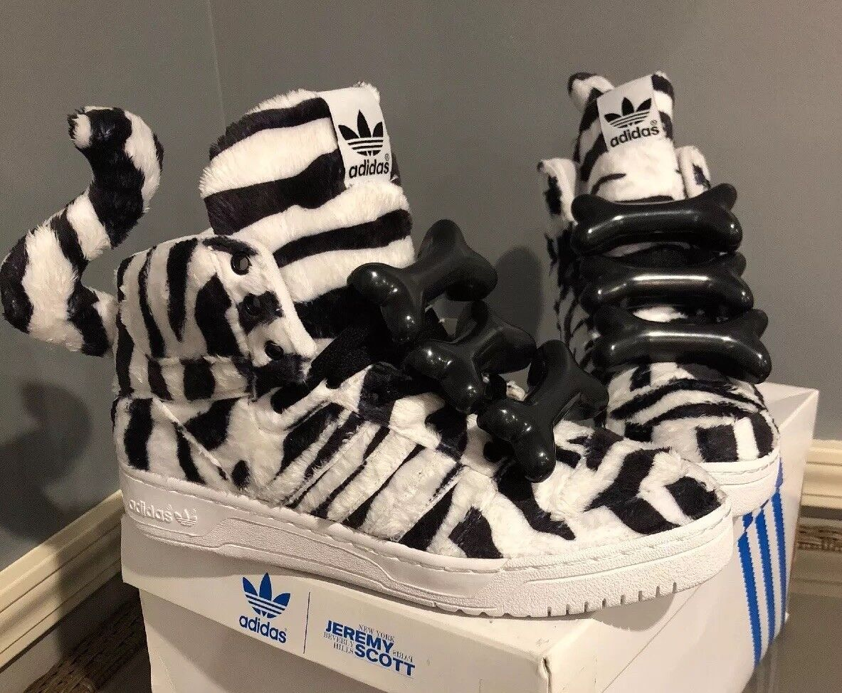 Brand New  Jeremy Scott White Tiger, B26037, Size 9, RARE