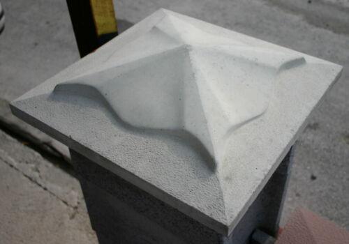 Coffrage formes//lingotières pour pilier-poteau caches