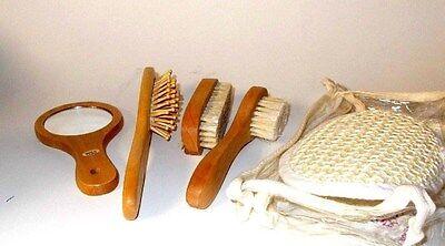 Womens Bath & Body Brush Kit- 5 Piece-in Travel Pouch- BRAND NEW