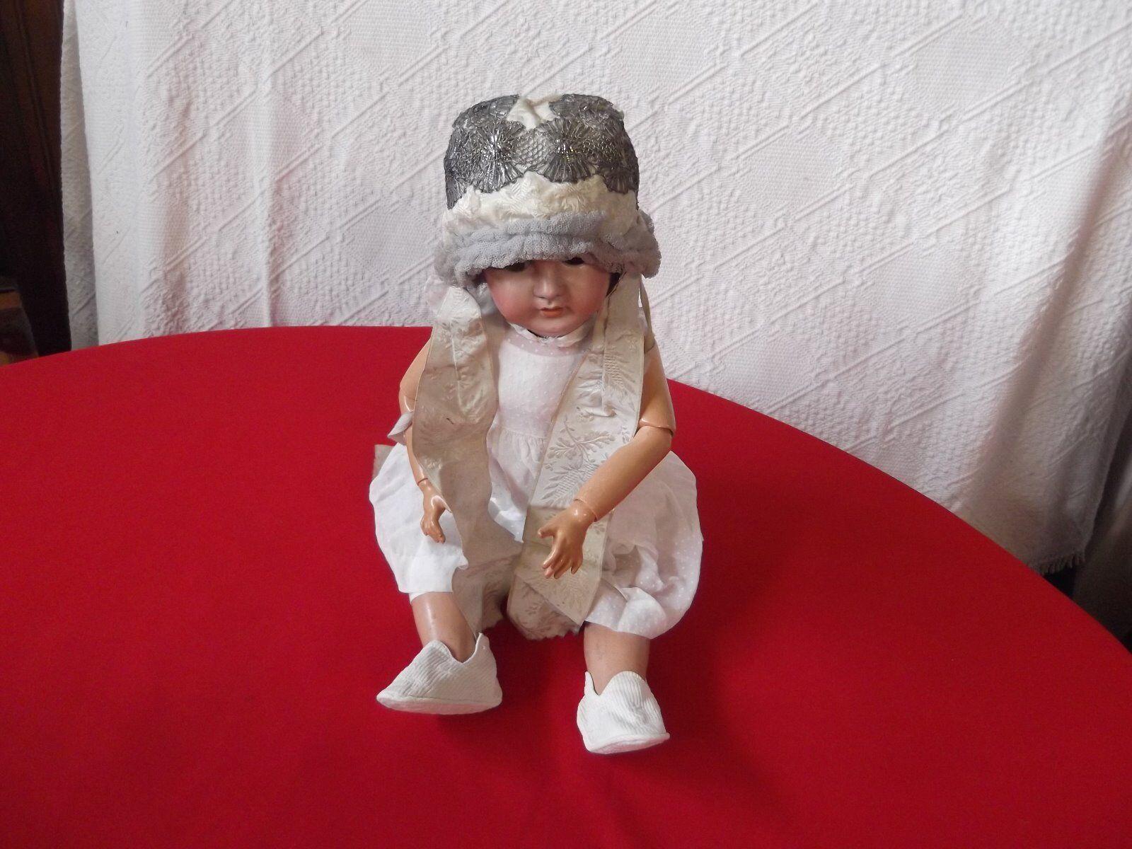 Vêtement pour poupée ancienne, bonnet de bébé