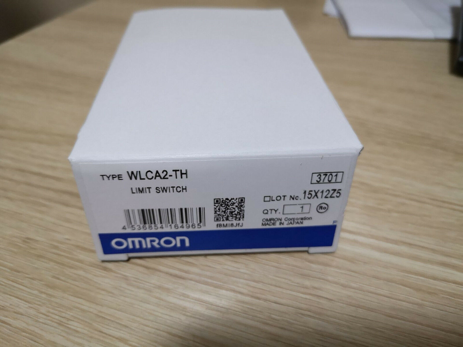 1PC New Omron Limit Switch WLCA2-TH WLCA2TH In Box Free Shipping TT