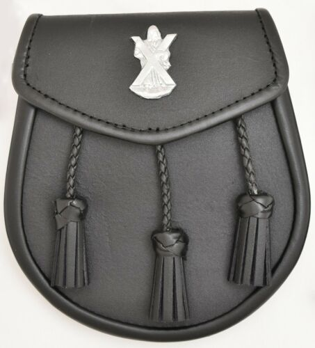 New Leather Sporran with Jises Badge on Front 3Tassels /& Chain Strap