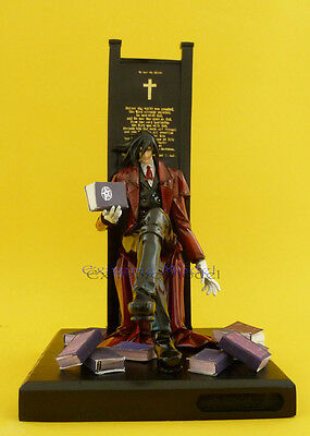 1/8 Hellsing: Alucard Sitting On Throne (include Book )unpainted Resin Modelkit Lustrous Surface