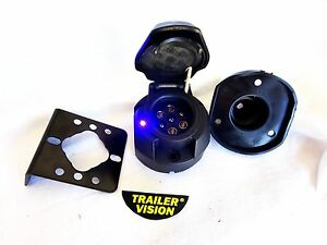7-Pin-Large-Round-Trailer-Socket-Blue-Flashing-LED-amp-Mounting-Bracket