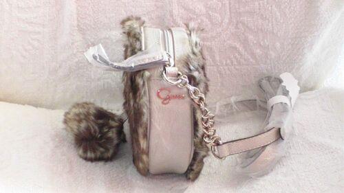 Crossbody Bag Fourrure Petit 7 Sur Fausse Bandouliere Guess Sac 2 pqOzYXwp