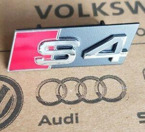 Audi-A4-B5-8D-original-S4-Logo-Clip-Schriftzug-Emblem-Plakette-Grill-Kuehlergrill
