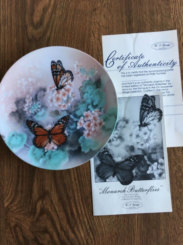 """Monarch Butterflies"" The Bradford Exchange PlateOn Gossamer Wings Collection"