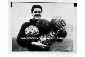 TOMMY-TAYLOR-BUSBY-BABES-VERY-RARE-1957-MANCHESTER-UNITED-12-X8-034-PRINT-COA