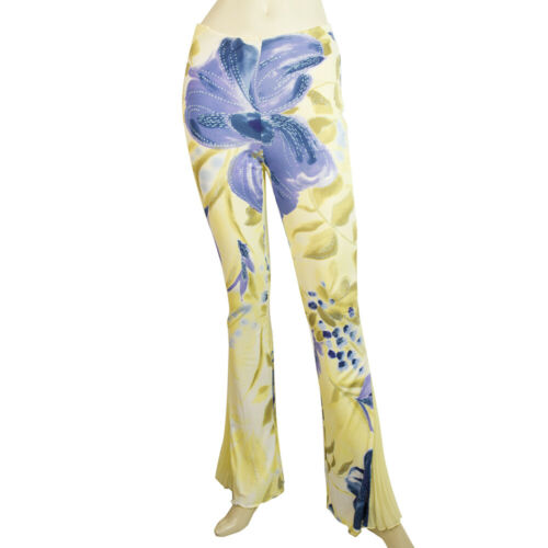 Yellow Blue Floral Pattern Flare Pleats at the Cuf