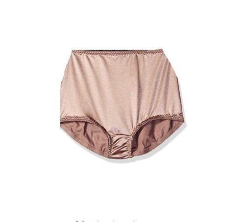 VASSARETTE Women/'s Undershapers Light Control Brief 40001 Walnut 9//2XL