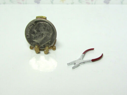 Dollhouse Miniature Needle Nose Pliers non-working