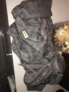 Gucci-Schal-Tuch-140-140-cm-Grau