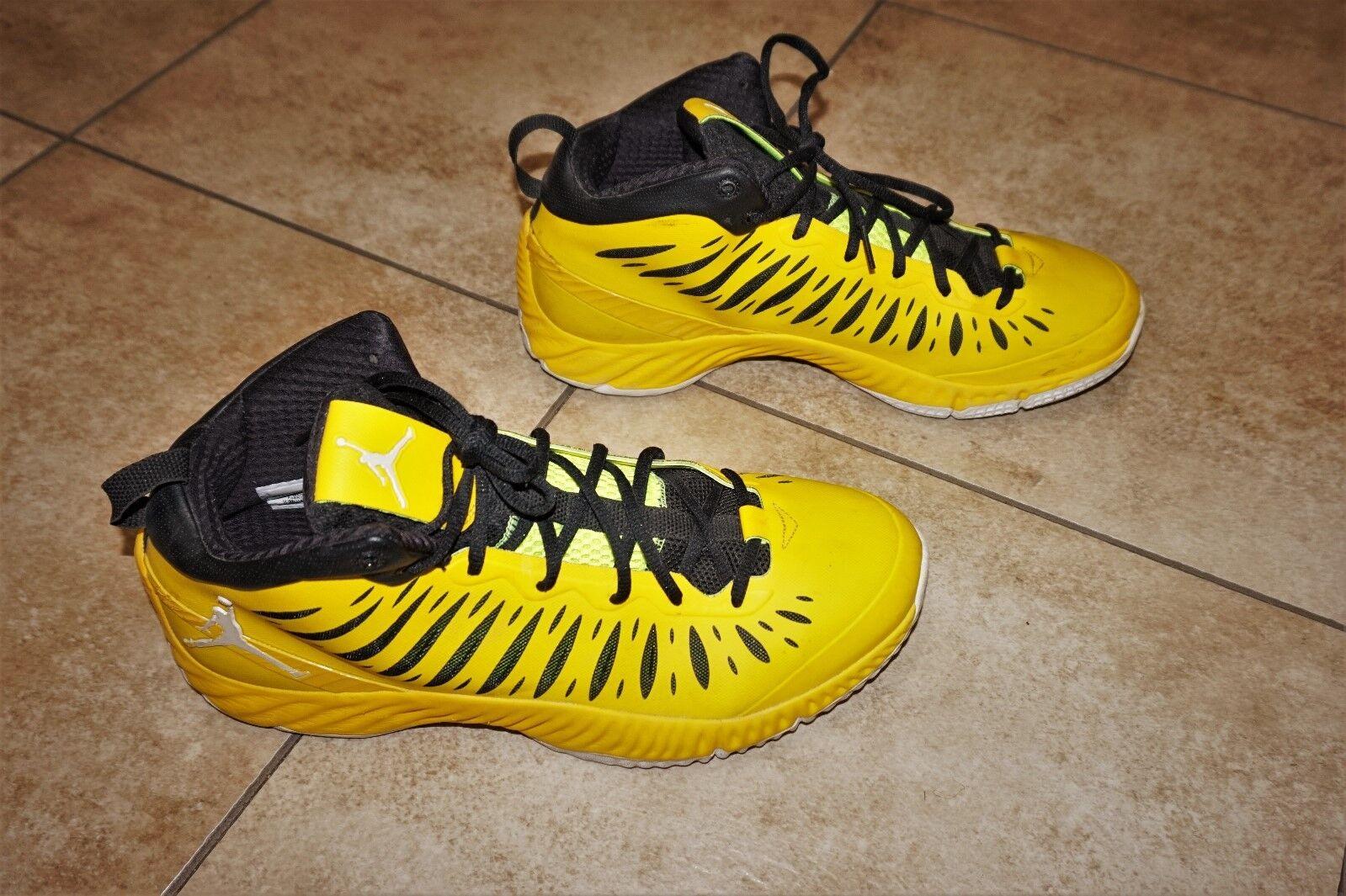 Gli uomini sono scarpe nike jordan super. volare scarpe sono da ginnastica alte scarpe da basket serie 528650-701 c4d38c
