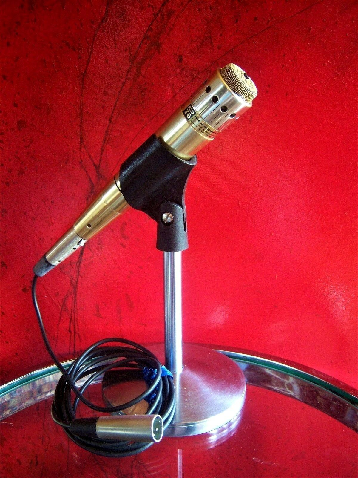 Vintage RARE 1960's American D76 dynamic microphone High Z harp old w cable