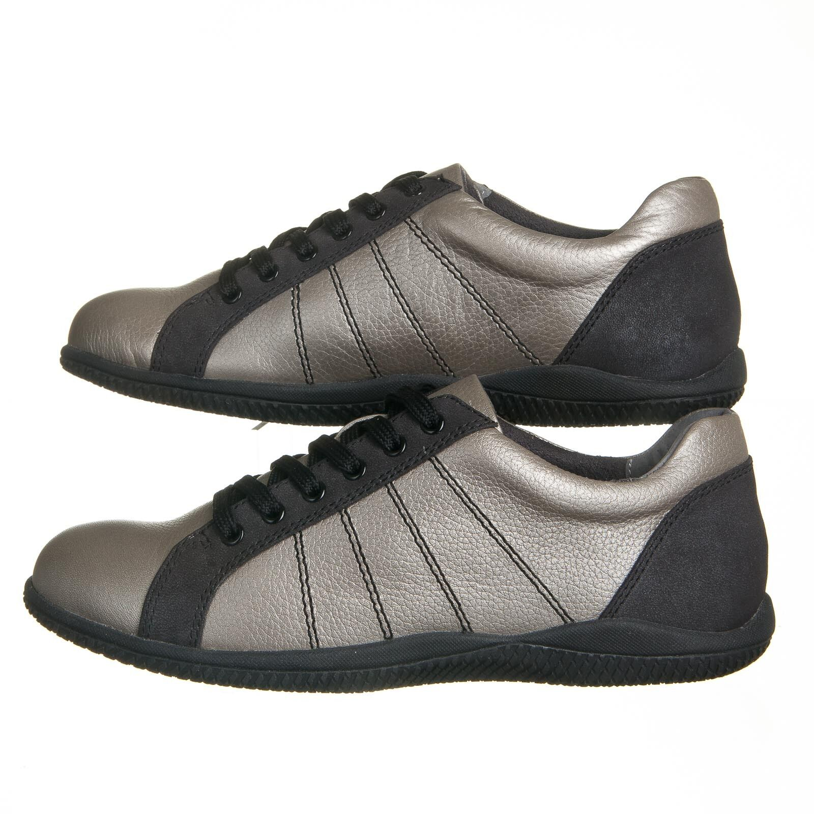 SoftWalk Hickory Silver Black Nubuck Leather Sneakers - Womens Size 6.5 N