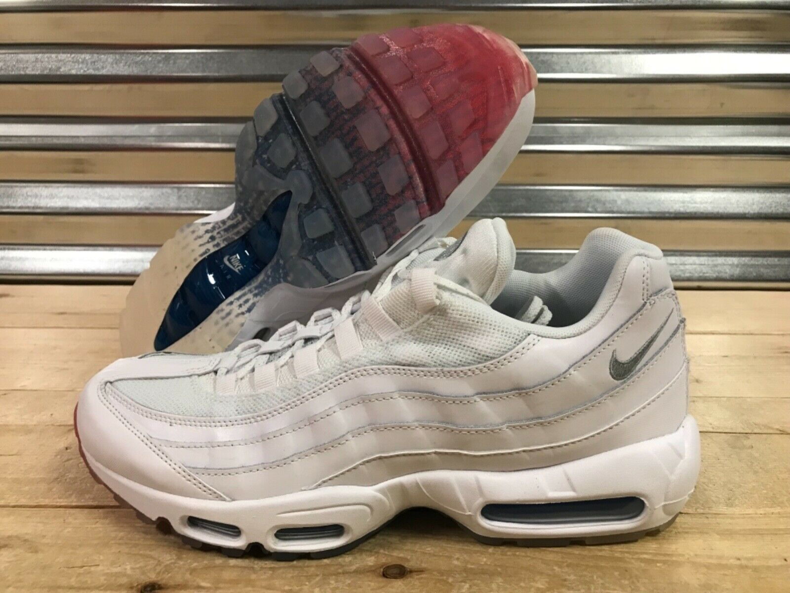 Nike Air Max 95 Running shoes USA July 4 White Glacier bluee Red SZ (AQ7981-100)