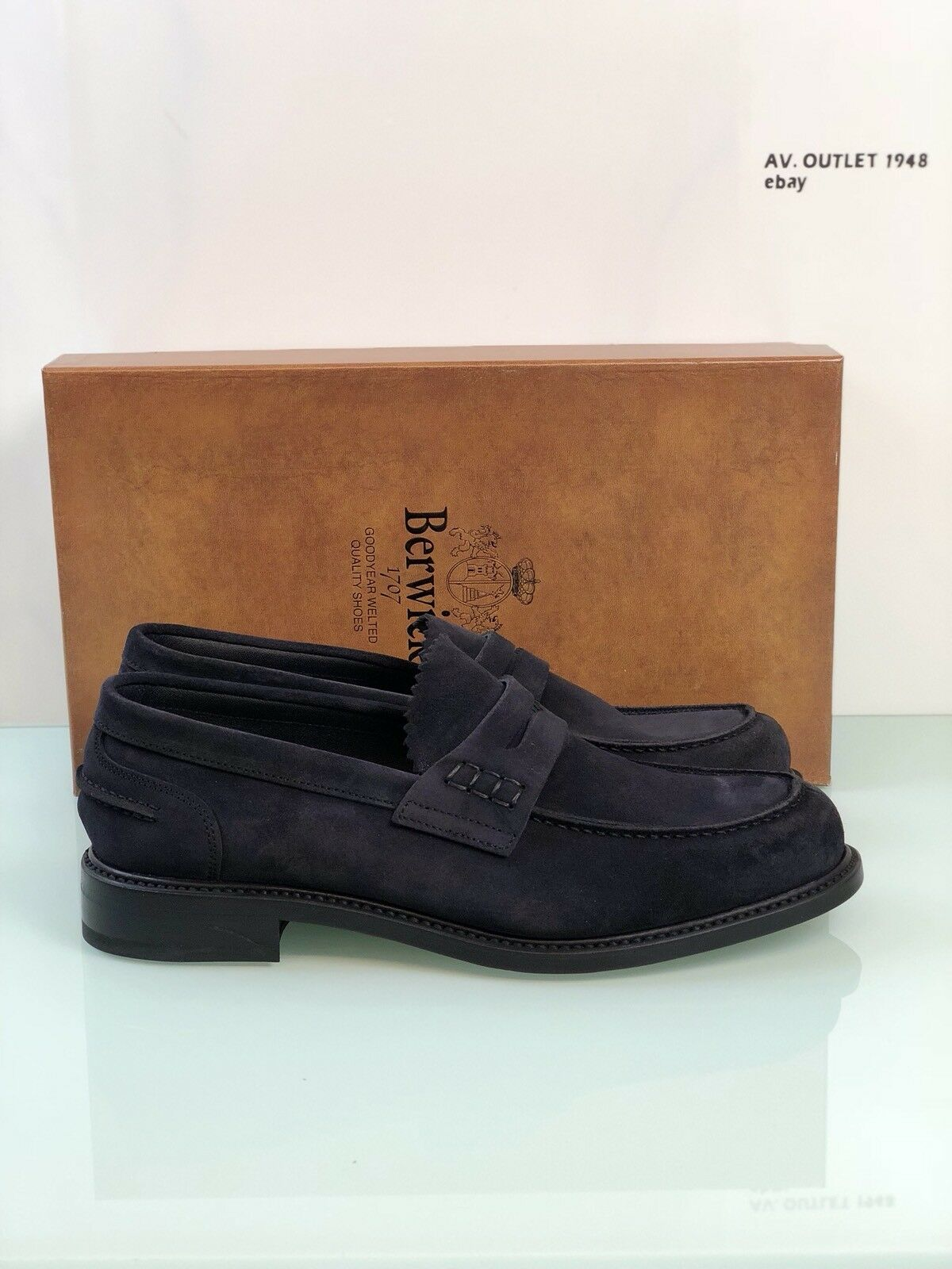 Moccasin Berwick 1707 Man Model 3961 Suede Goodyear Welted