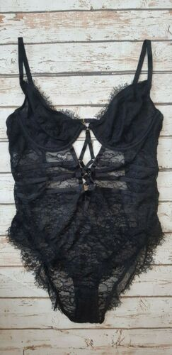 New Missy Underwired Lace Body with Cross Detail in Black SEU4