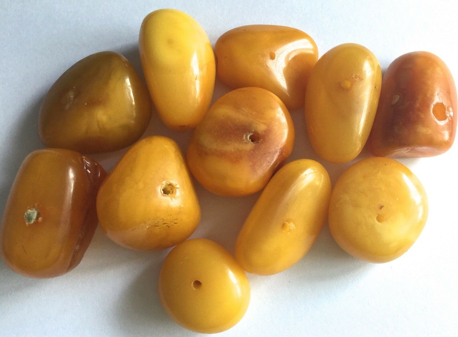 Antique natural genuine egg yolk color great quality Baltic amber beads