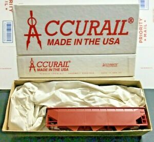 Accurail-HO-Scale-7500-Undecorated-AAR-Triple-Hopper-Lot-of-4-NIB