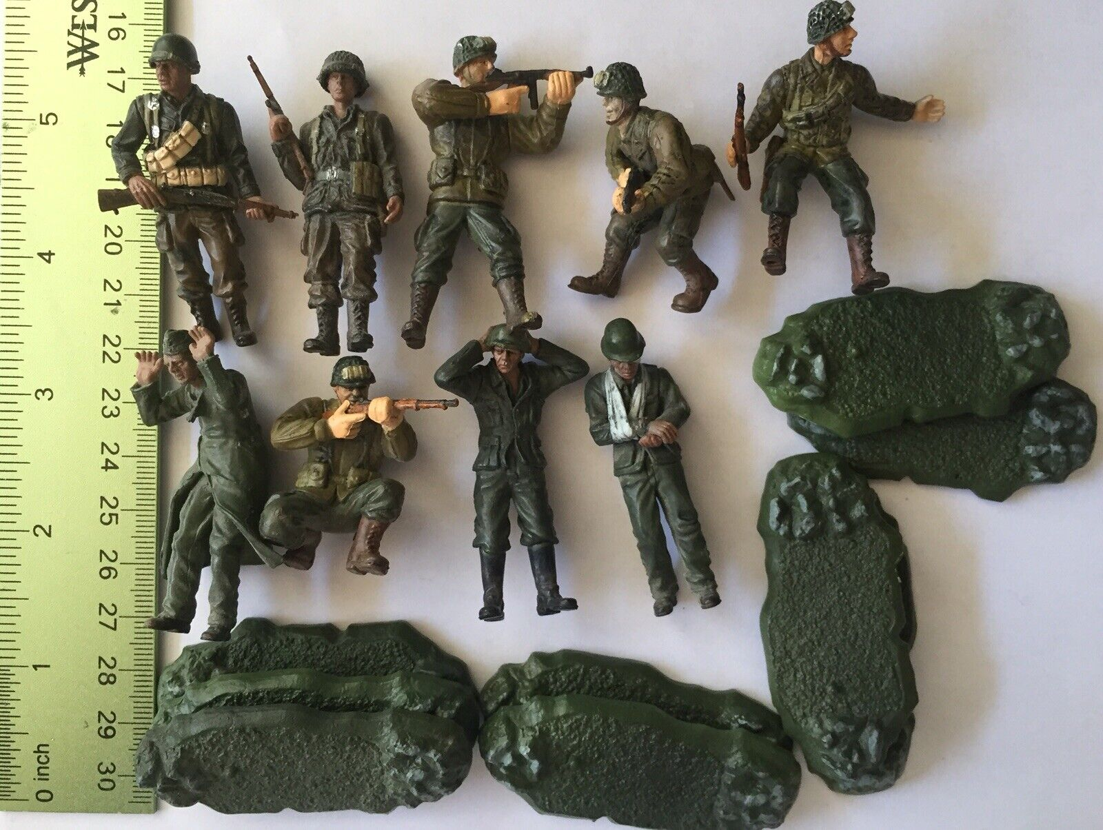 Lot Of 9 1 32 Unimax Forces of Valor Military DiD U.S. German Soldiers Figures