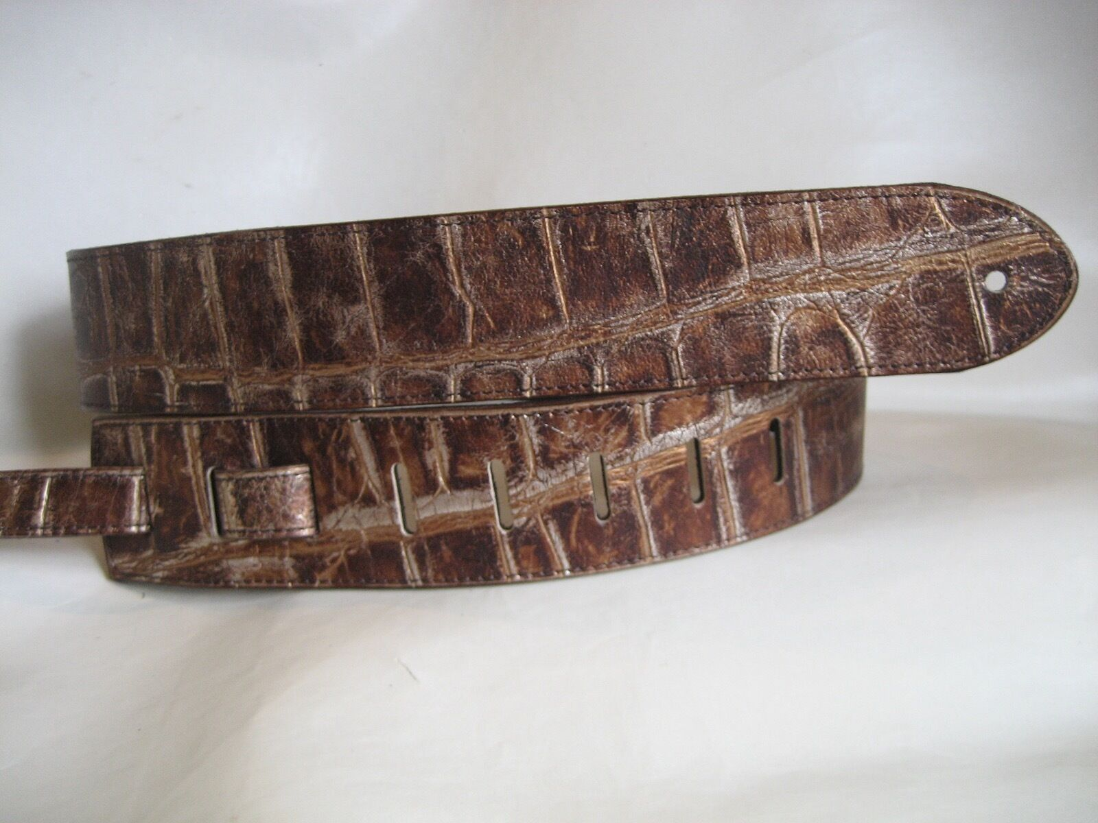 LEATHER BRONZE CROC EMBOSS BODY BASS, ACOUSTIC GUITAR STRAP