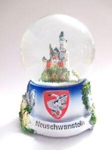 Neuschwanstein-Linderhof-Schneekugel-Snowglobe-Germany-Souvenir