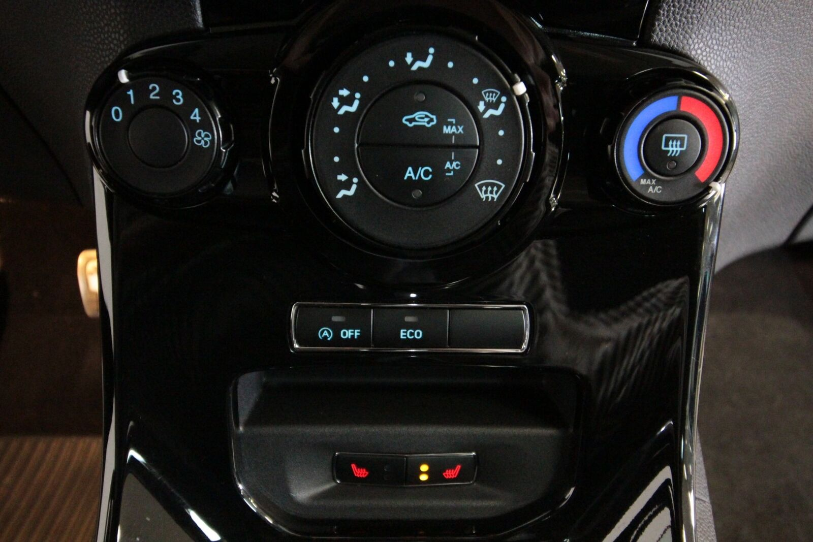 Ford Fiesta SCTi 125 Titanium