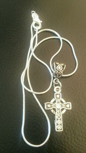 "Beautiful Sterling silver 16/""necklace with  Celtic Cross 1st Communion gift box"