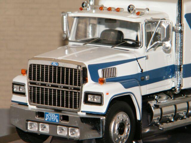 FORD LTL 9000 BLANC DE 1978 IXO 1/43 Ref TR062