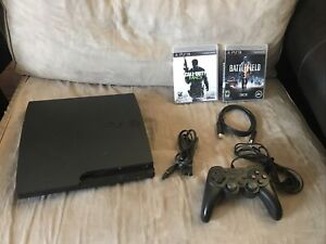Sony PlayStation 3 PS3 Slim 320GB CECH-3001B Console Controller 2 games