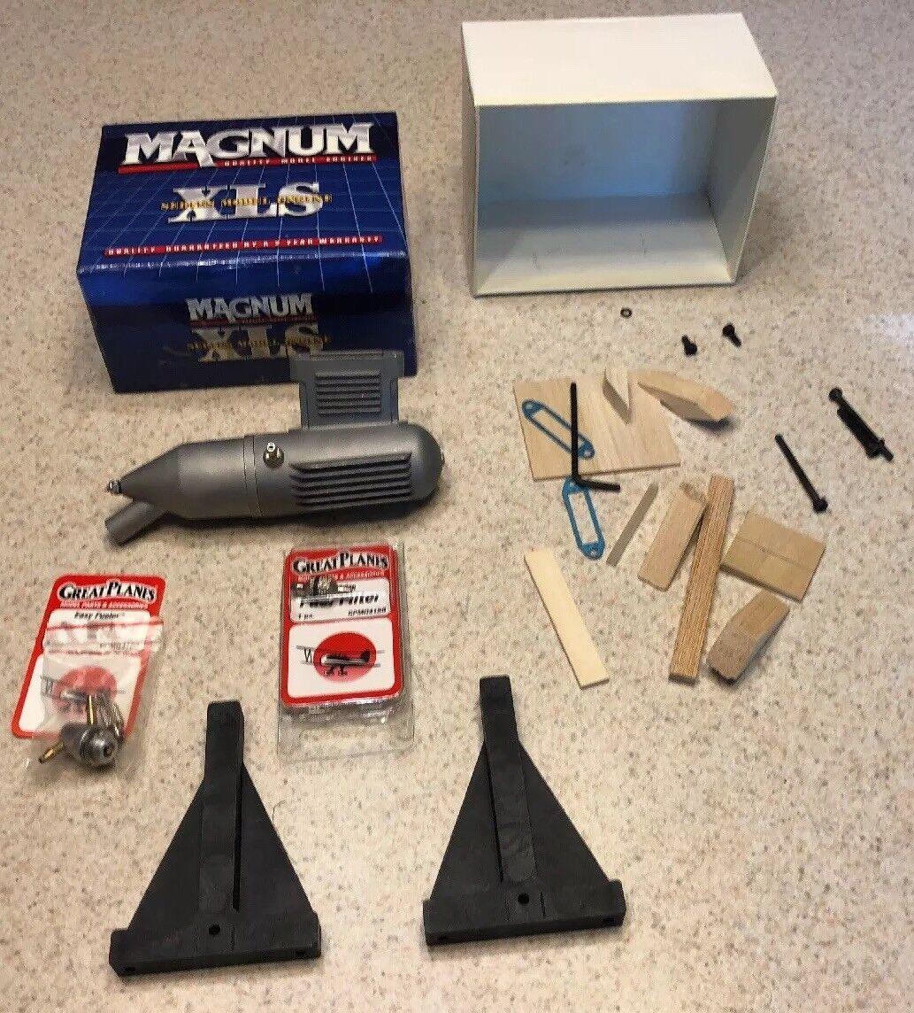 Magnum XLS Muffler & Great Planes Fuel Filler GPMQ4160 & Fuel Filter GPMQ4150