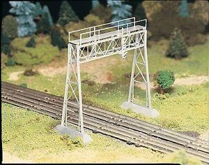 Piste-0-Kit-de-montage-Pont-de-signal-45623-NEU