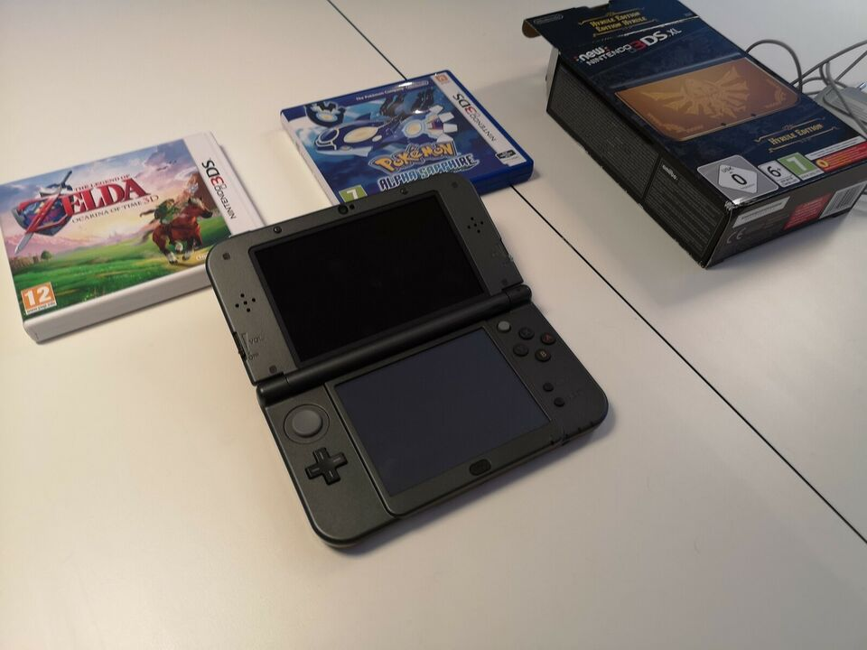 Nintendo 3DS, New Nintendo 3DS XL - Limited Hyrule Gold
